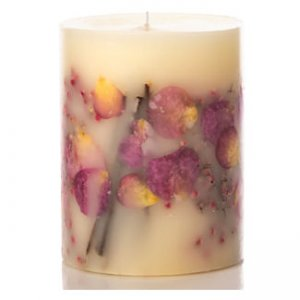 Rosy Rings Long Lasting Candle - Apricot Rose Scent
